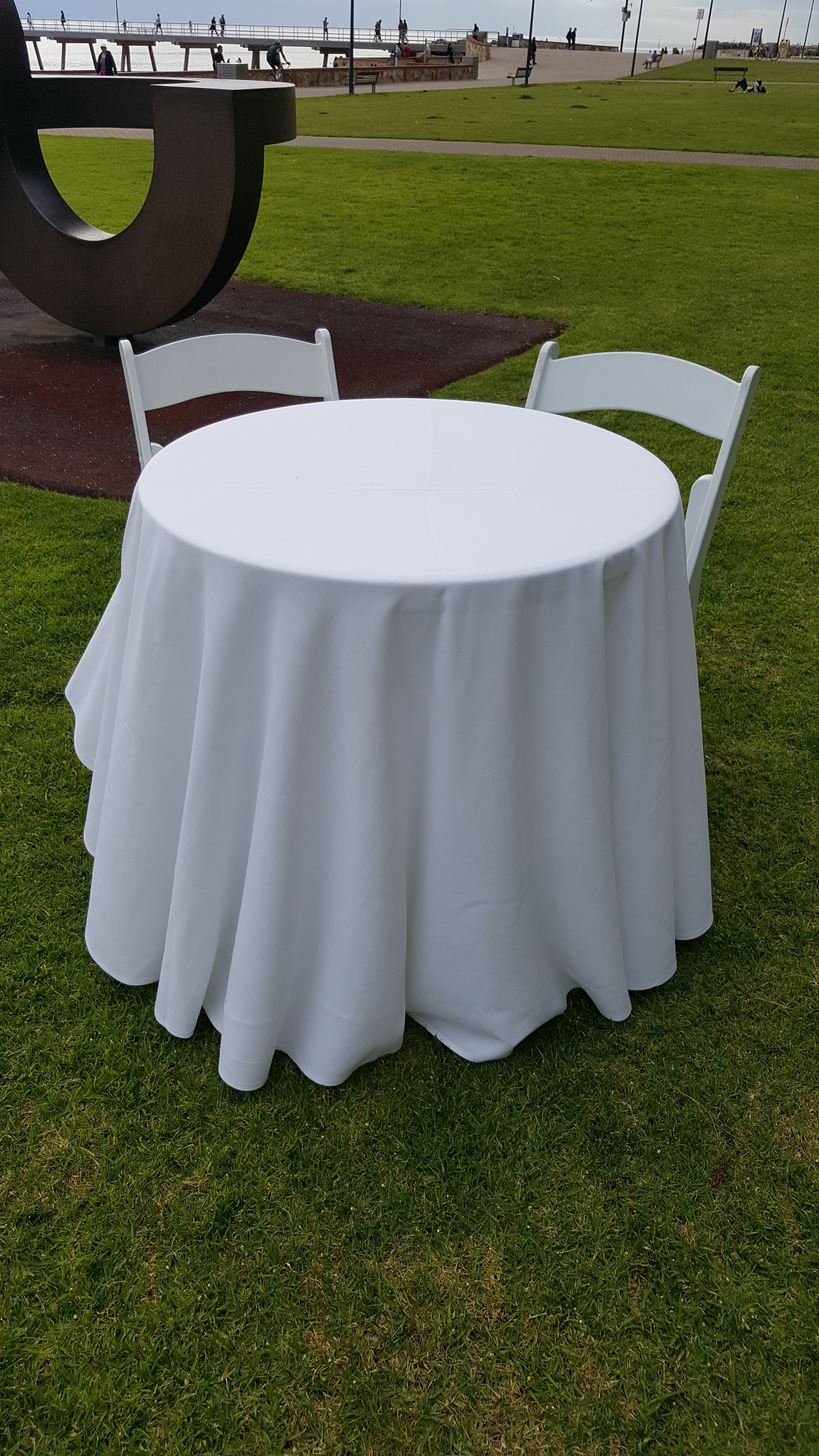 Signing table with white linens and 2 matching chairs $35.00