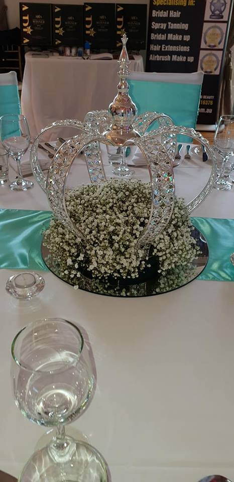 Crown bling and baby breath centrepiece