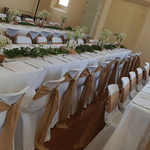 Rustic with fresh greenery runners- Old Noarlunga Institute