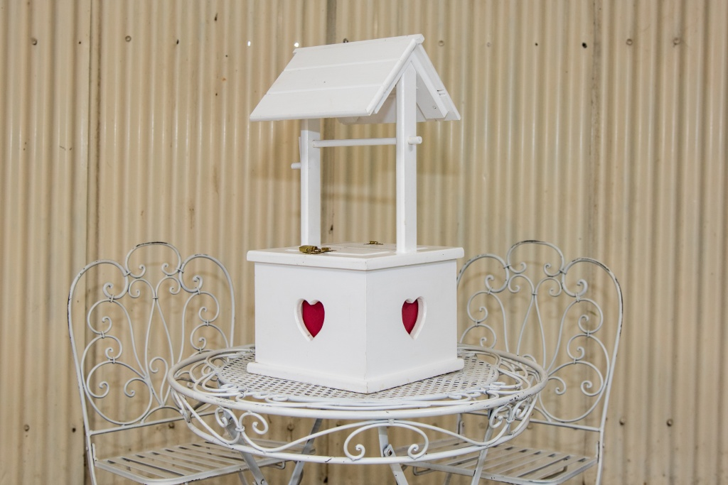 Traditional love heart wooden wishing well $30.00