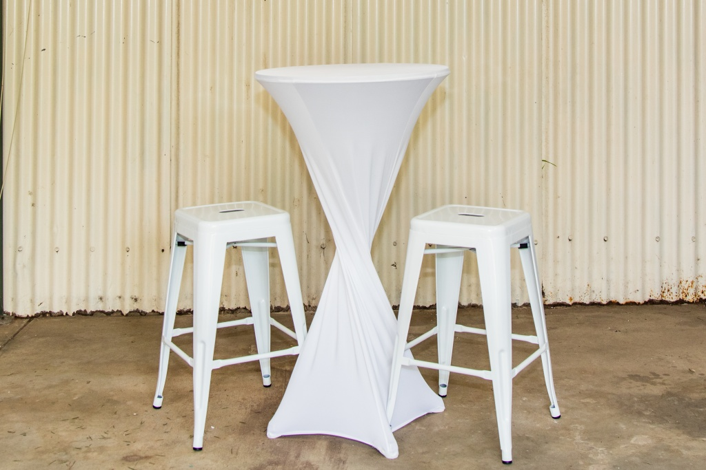 White cocktail table with white bar stools $40.00 a set