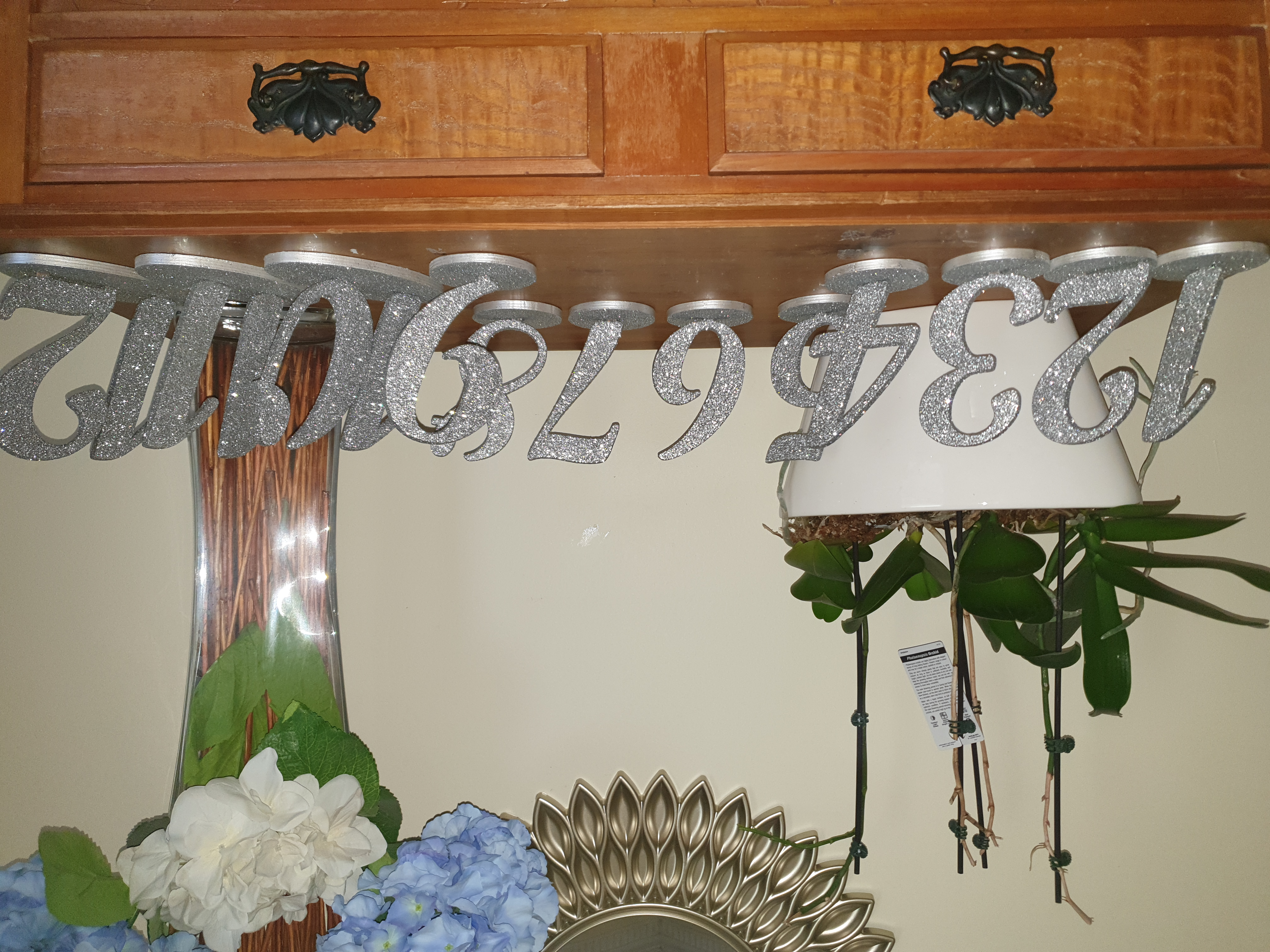 Table numbers Silver glitter 1-12 $2.00 per number