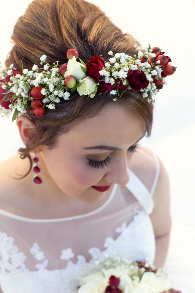 Red and white crown. H & M by Complete Look- Karen Hedger  Bridal H & M @ Glanville Hall
